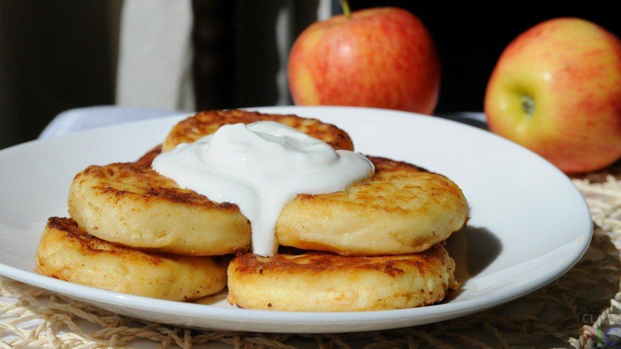 Сырники из творога в духовке - 10 вкусных рецептов с фото пошагово