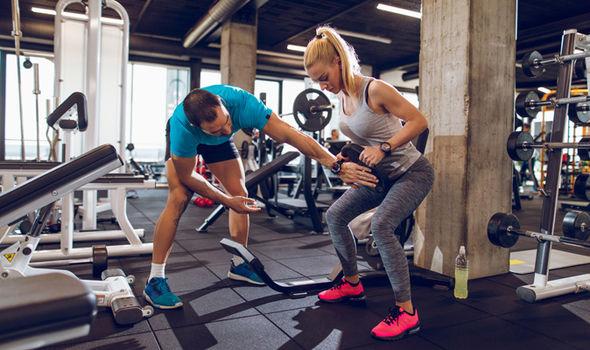 В чем заниматься фитнесом: одеваемся с умом | proka4aem.ru