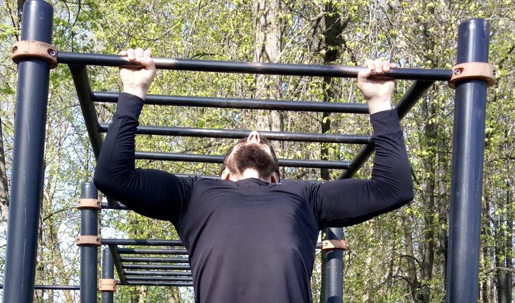 Всё об отжиманиях: техники, нормы, польза от упражнений