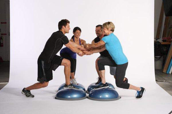 Упражнения на фитнес платформе bosu