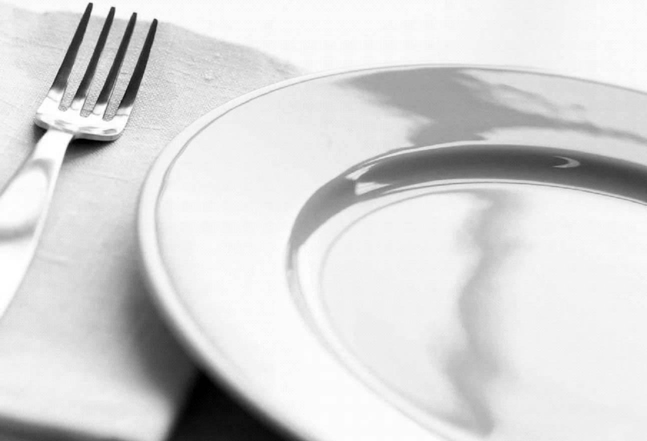 Лечебное голодание в домашних условиях для похудения и очищения организма - виды, выход и противопоказания