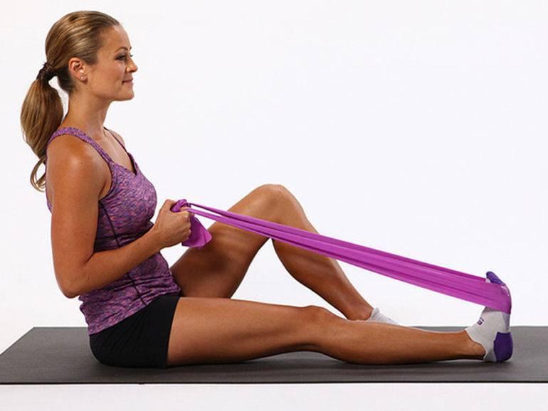 Самые эффективные упражнения с эластичной лентой