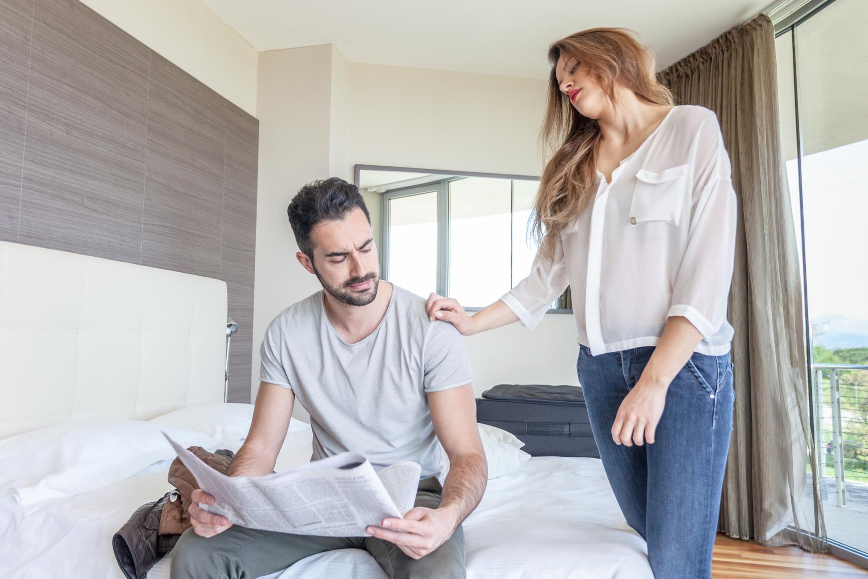 Секреты внимания мужчины к женщине: учимся притягивать взгляды!
