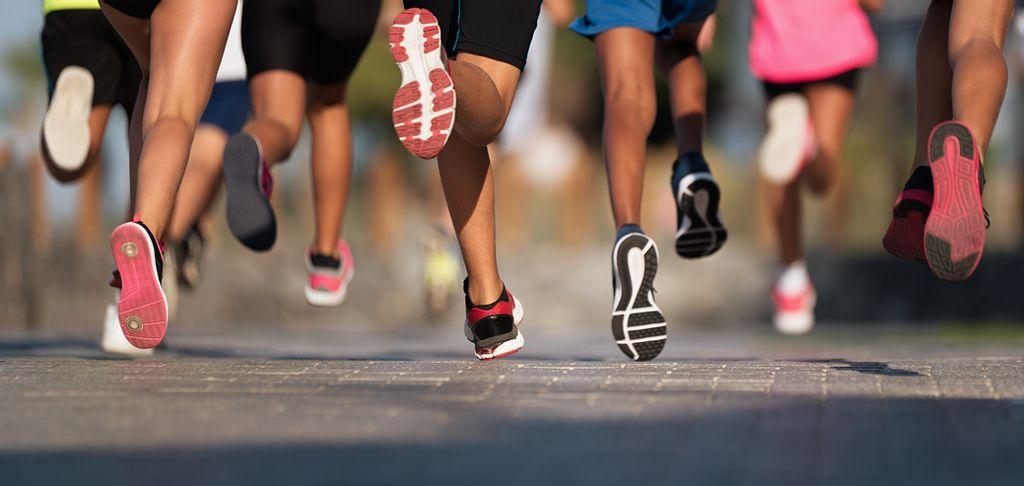 Как правильно выбрать кроссовки для бега? | спортнаука