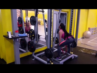 Становая тяга на прямых ногах, особенности, какие мышцы работают