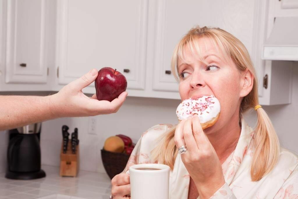 Как навсегда перестать есть сладкое и мучное: психологические приемы