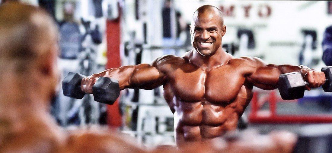 Как сделать плечи шире: полезные советы и необходимые упражнения