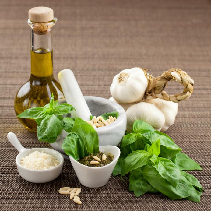Лечение артрита народными средствами: ванны, мази, компрессы, отвары и настойки