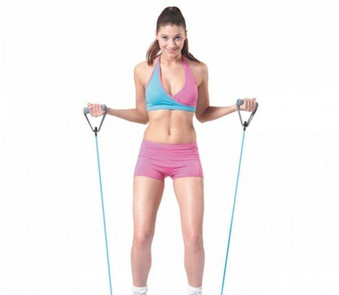 Упражнения с эластичной лентой - 20 лучших для спины, рук, ног и пресса