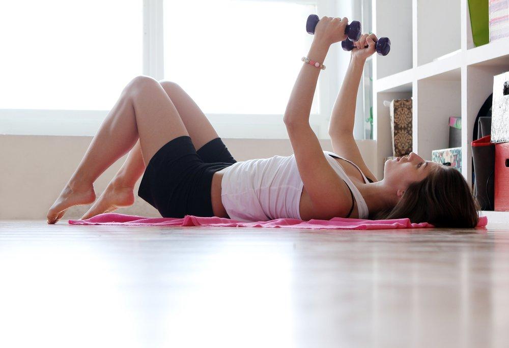 Список эффективных упражнений для похудения для начинающих женщин