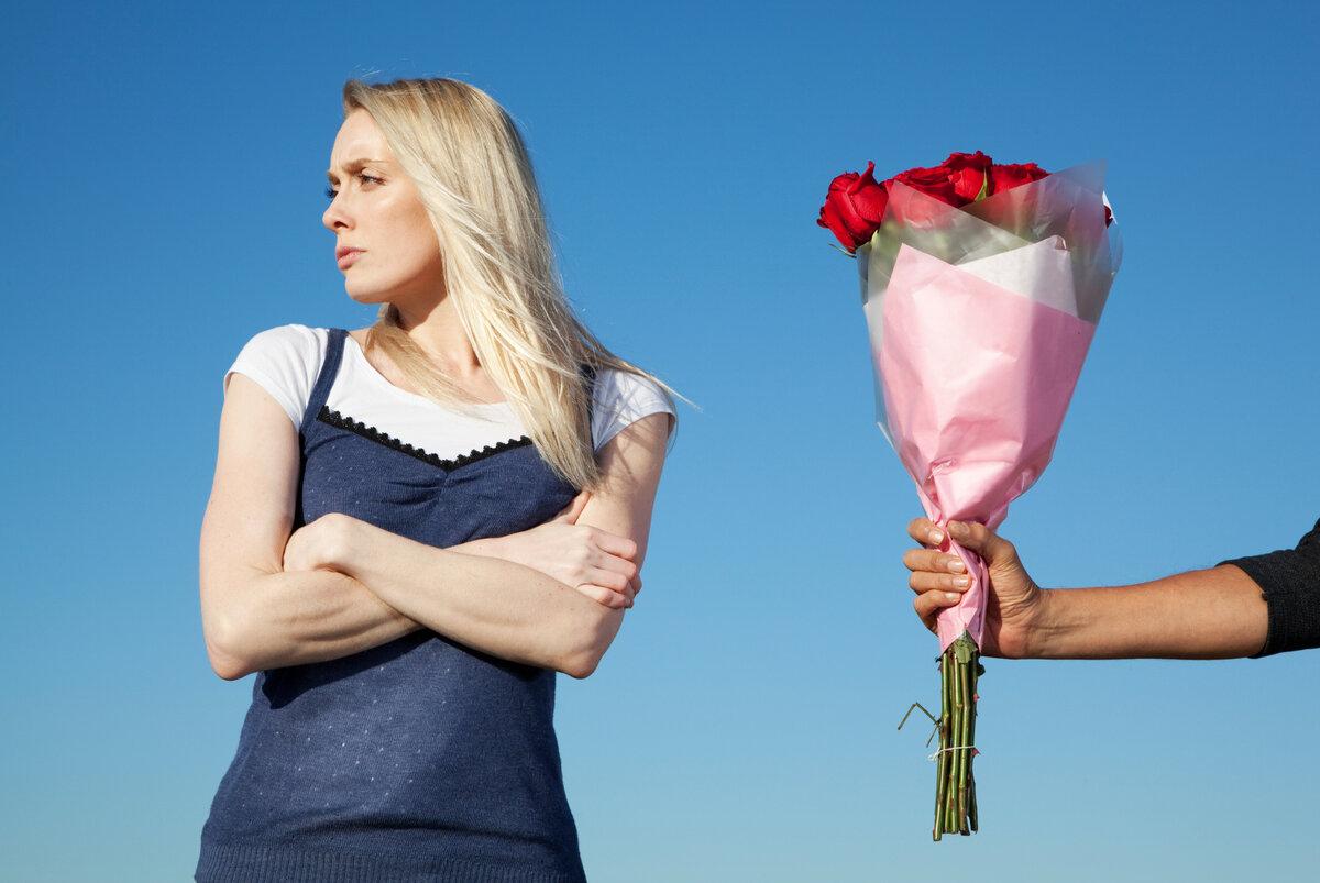 Что подарить девушке на день рождения: топ-105 идей подарков