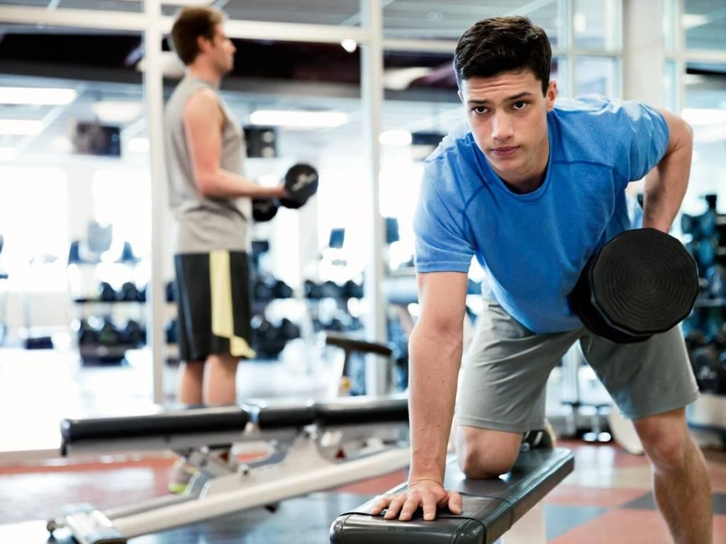 Сколько должна длиться тренировка в тренажерном зале? реальные цифры. || сколько должна длиться тренировка дома