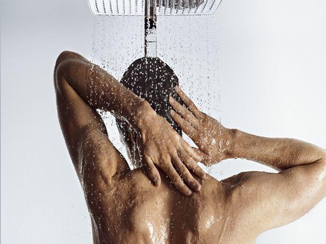 Почему вредно принимать холодный душ после тренировки?