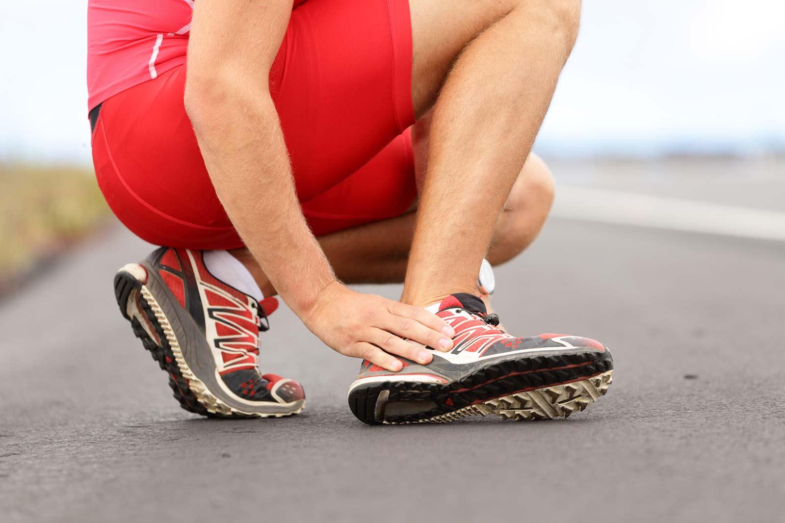 Спортивные травмы: причины, первая помощь, лечение, как избежать