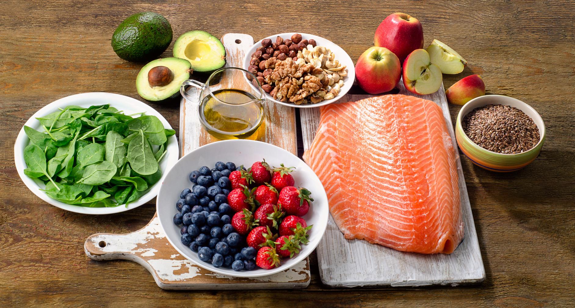 14 продуктов для сердца и сосудов. о пользе некоторых из них вы и не догадывались!