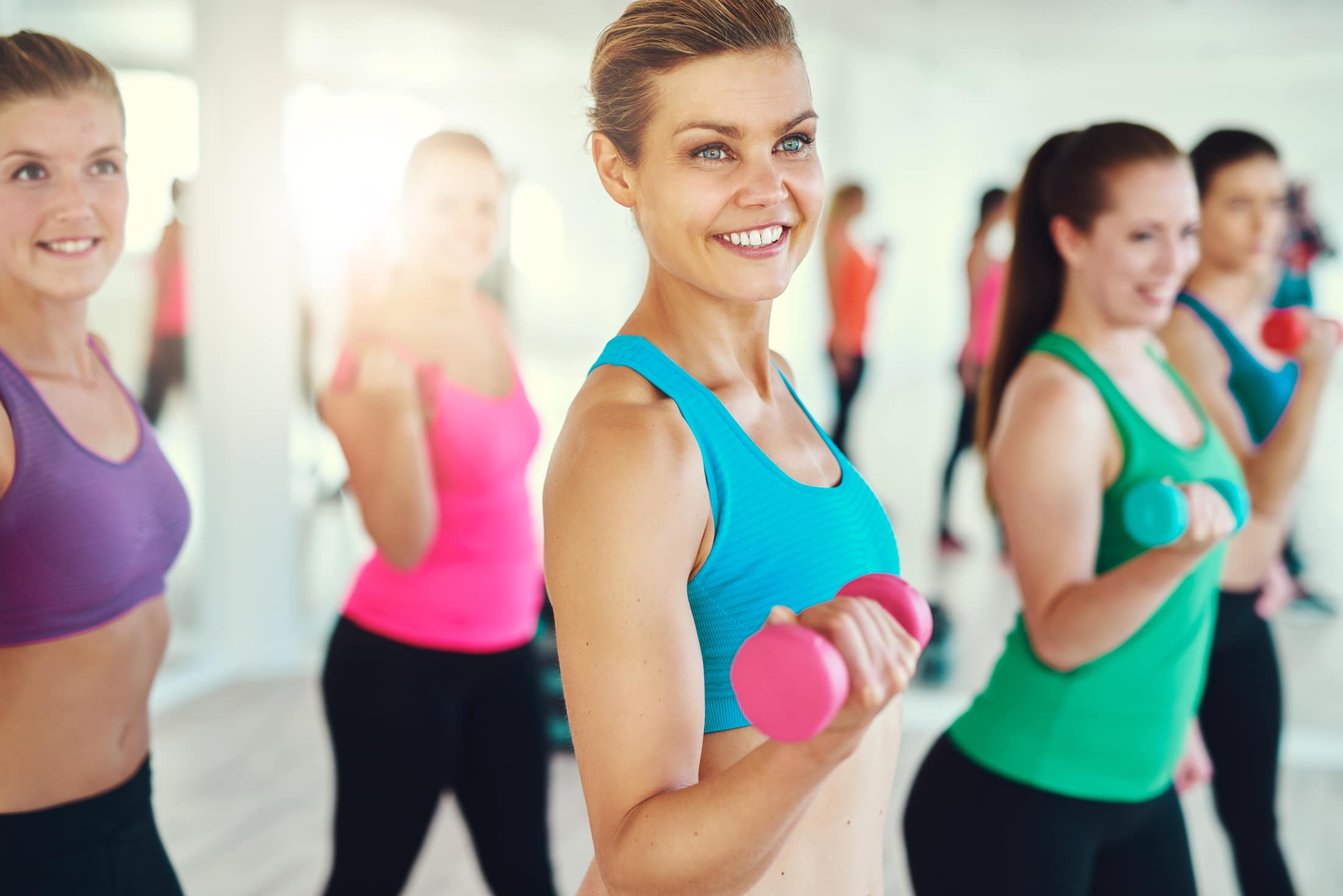Силовая аэробика для похудения: упражнения