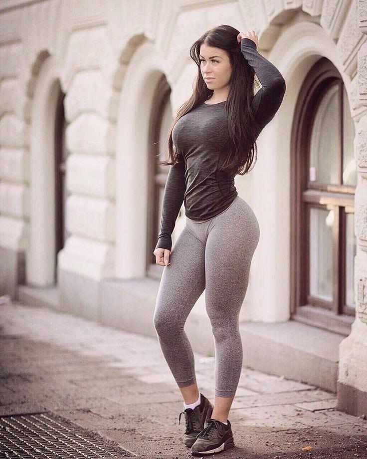 Michie peachie (мичи пичи) -  биография и фото фитнес модели