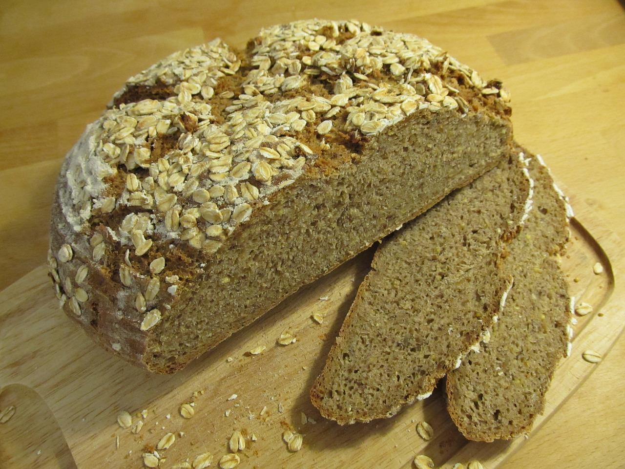 Как выбирать полезный хлеб и стоит ли есть корочку
