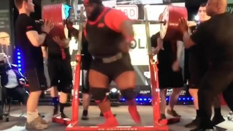 Установлен рекорд в становой тяге среди мастеров 40+. видео становой с 436 кг