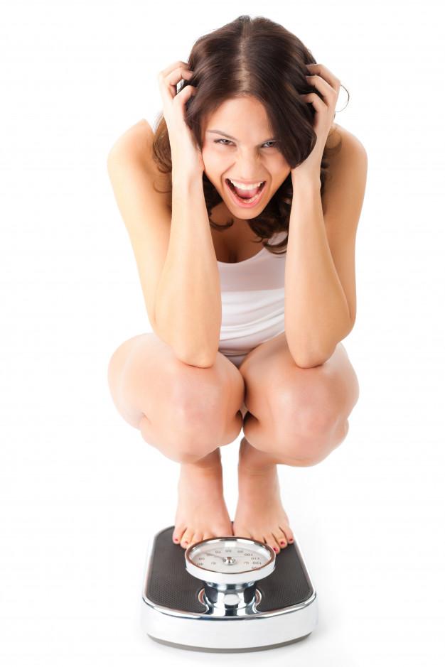 Неудачно присела на корточки, что то с ногой. - вопрос ортопеду-травматологу - 03 онлайн