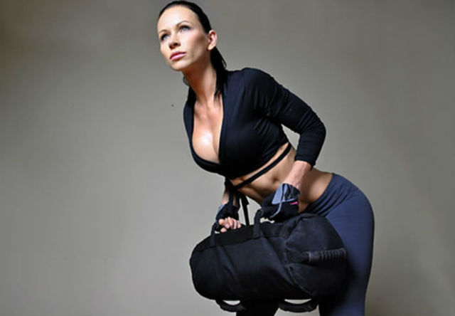 Упражнения с сэндбэгом для похудения