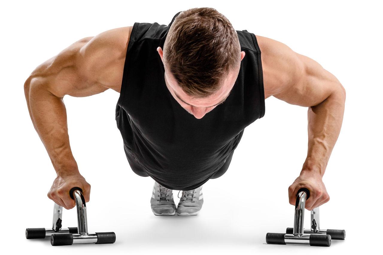 Как накачать мышцы отжиманиями - грудь, бицепс, плечи, руки, крылья
