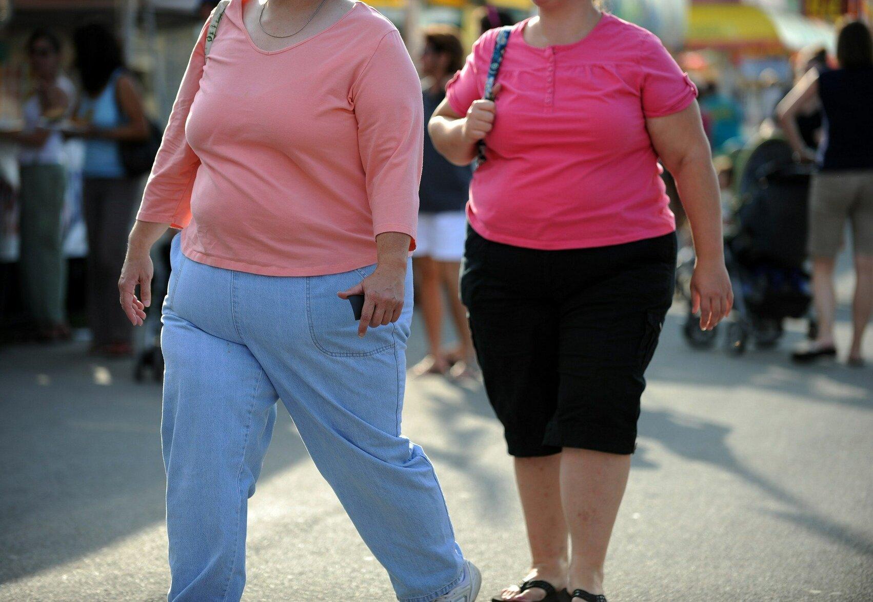 Ну, фсе. сознавайтесь. кому нравятся толстые мужики? - антоновна против. - страна мам