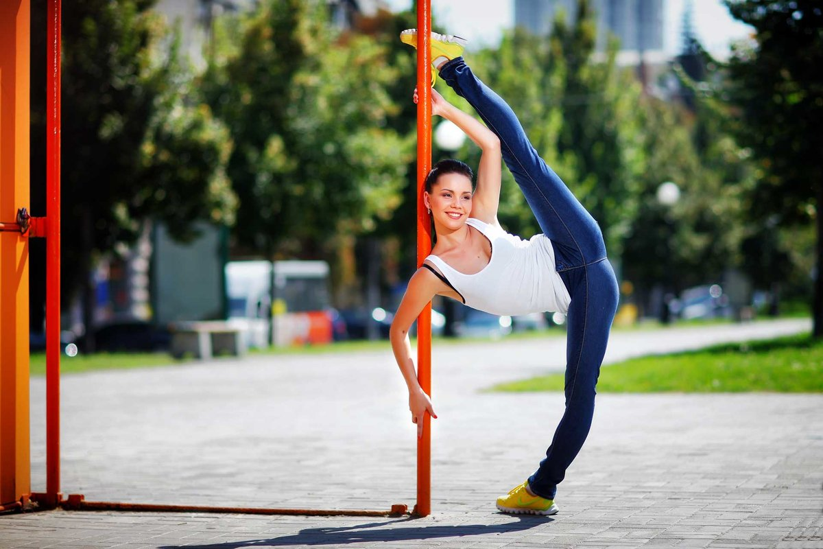 Упражнения для поперечного шпагата - 15 лучших