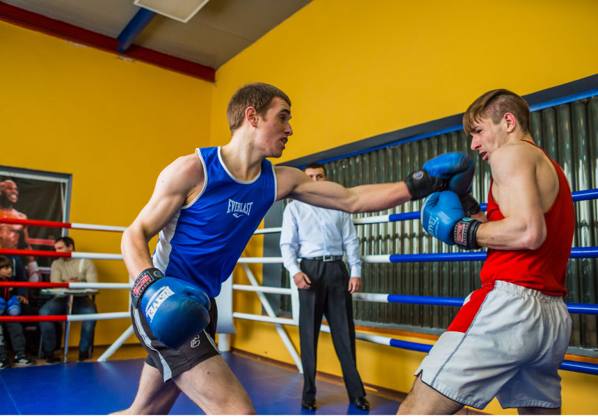 Силовые тренировки боксеров: как совмещать занятия и бокс, упражнения для подготовки в комплексе