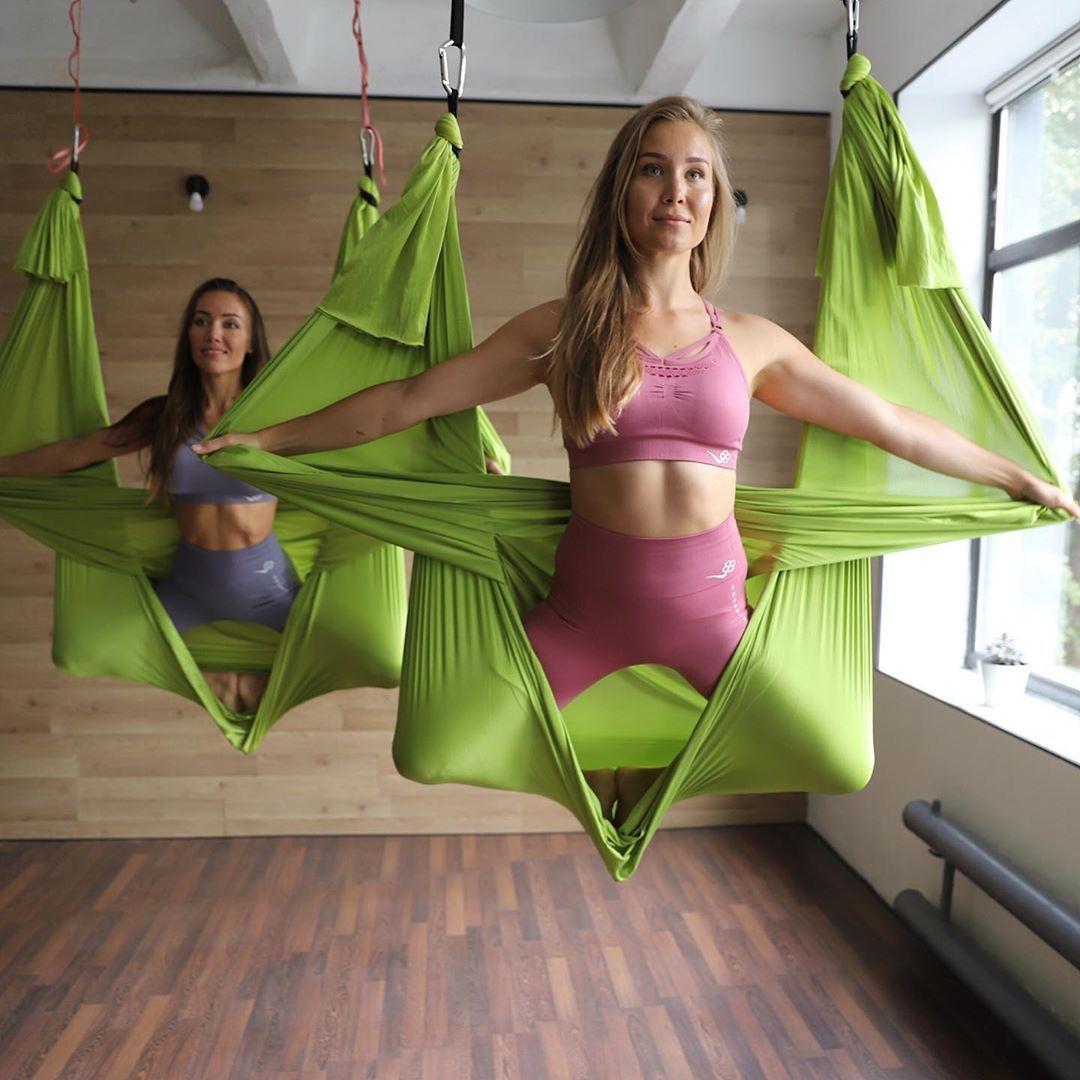 Универсальная растяжка для всего тела: 30 упражнений + готовый план