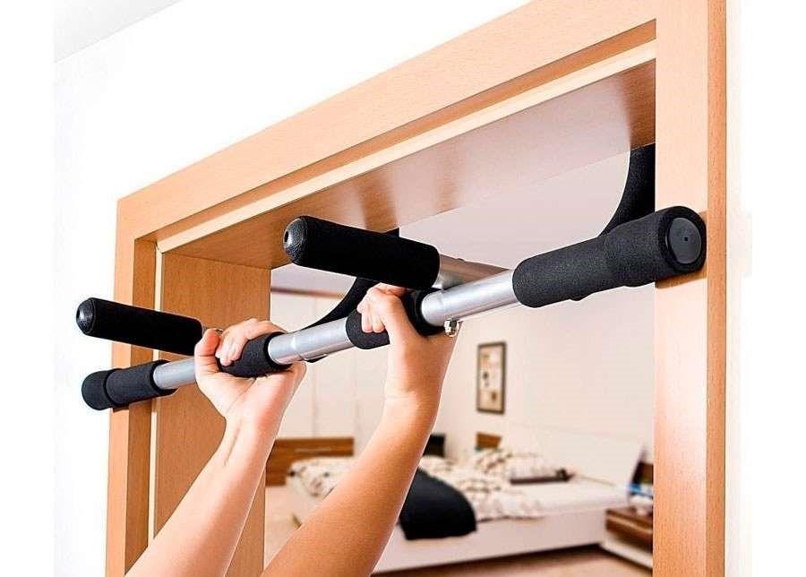 Настенный турник (40 фото): как выбрать для дома турник на стену лучше складной, съемный, усиленный или угловой? схема навесного турника для квартиры