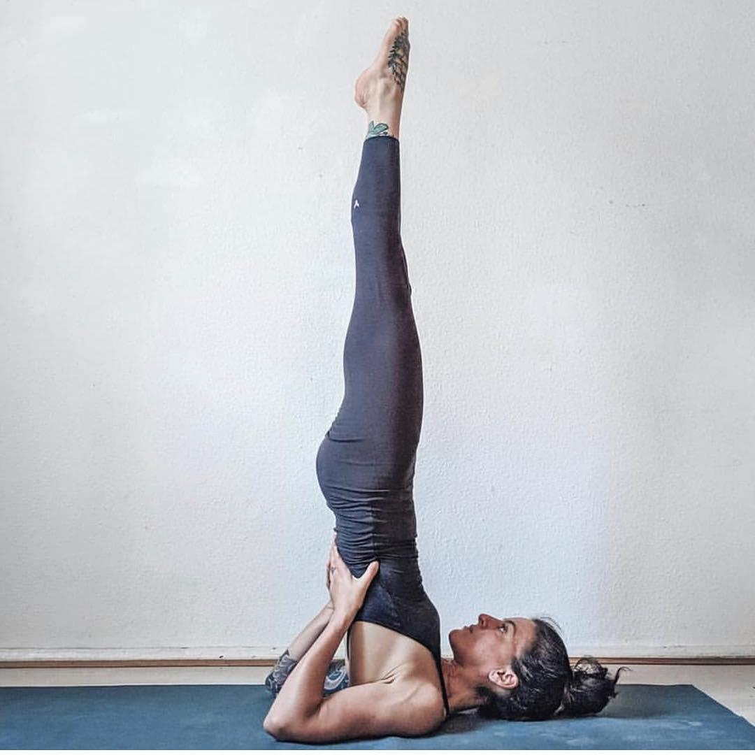 Упражнение березка: польза и вред, противопоказания, как делать, фото