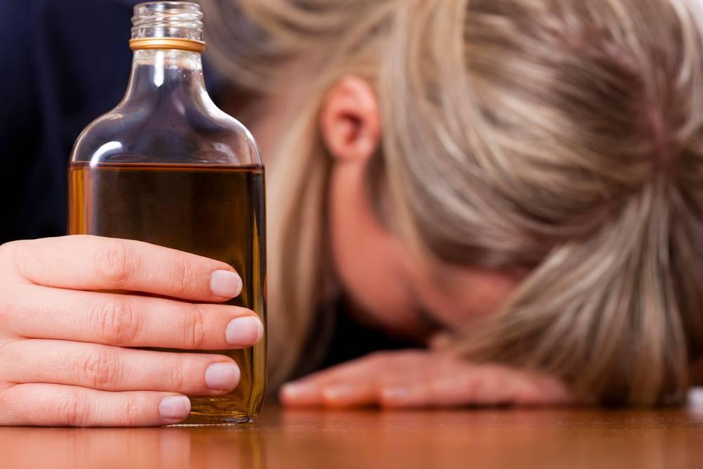 Причины алкоголизма. почему люди становятся алкоголиками