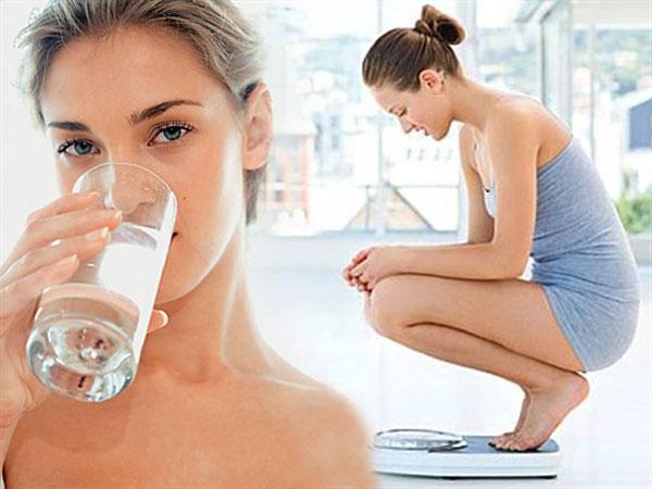 Однодневное голодание: что происходит с телом за 1 день на воде?