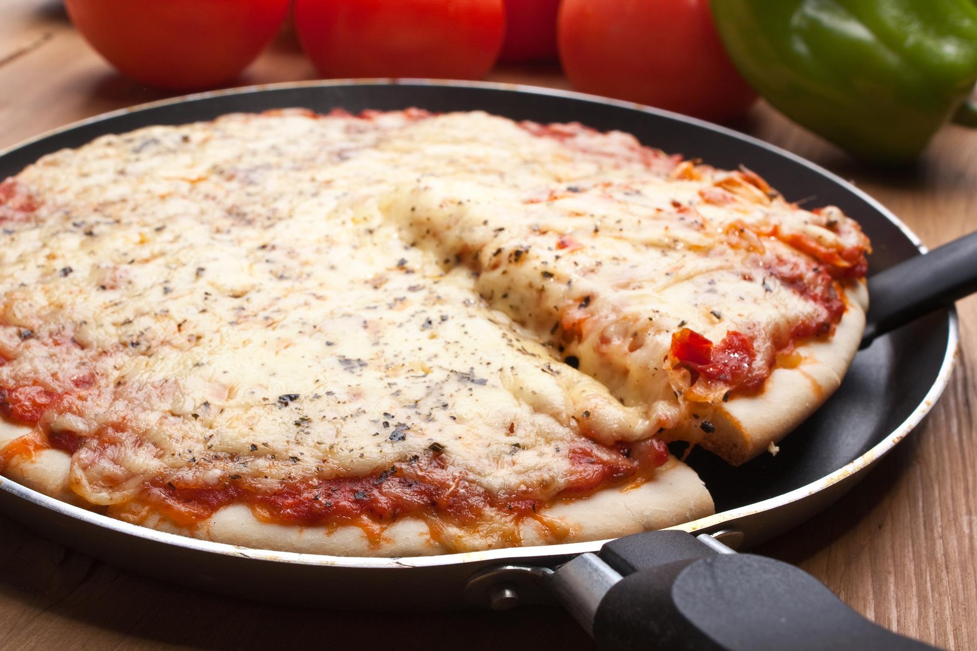 Пп пицца на курином фарше в духовке. пицца без теста диетическая —, как приготовить