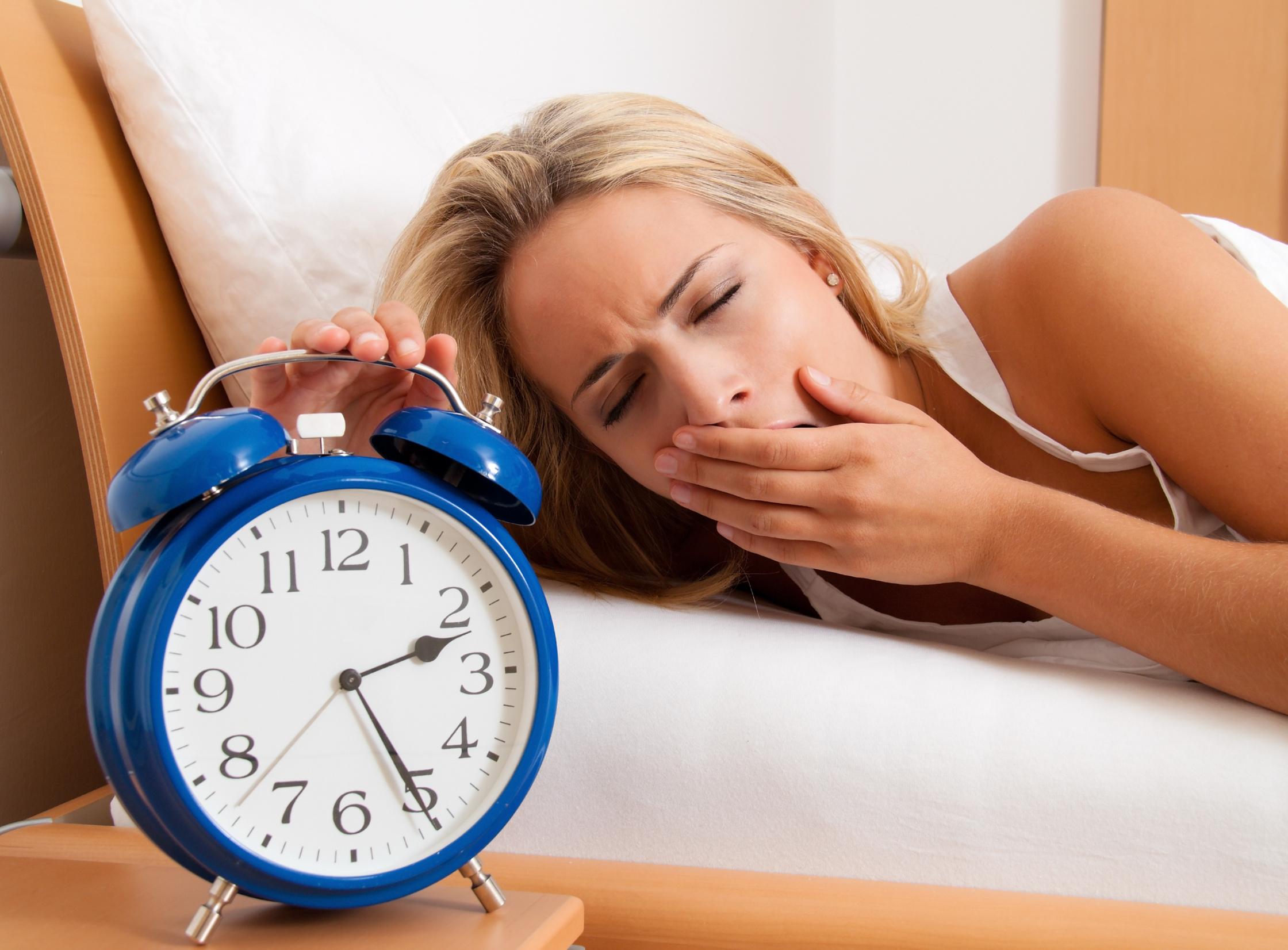 Как улучшить сон. самочувствие днем напрямую связано с качеством сна.