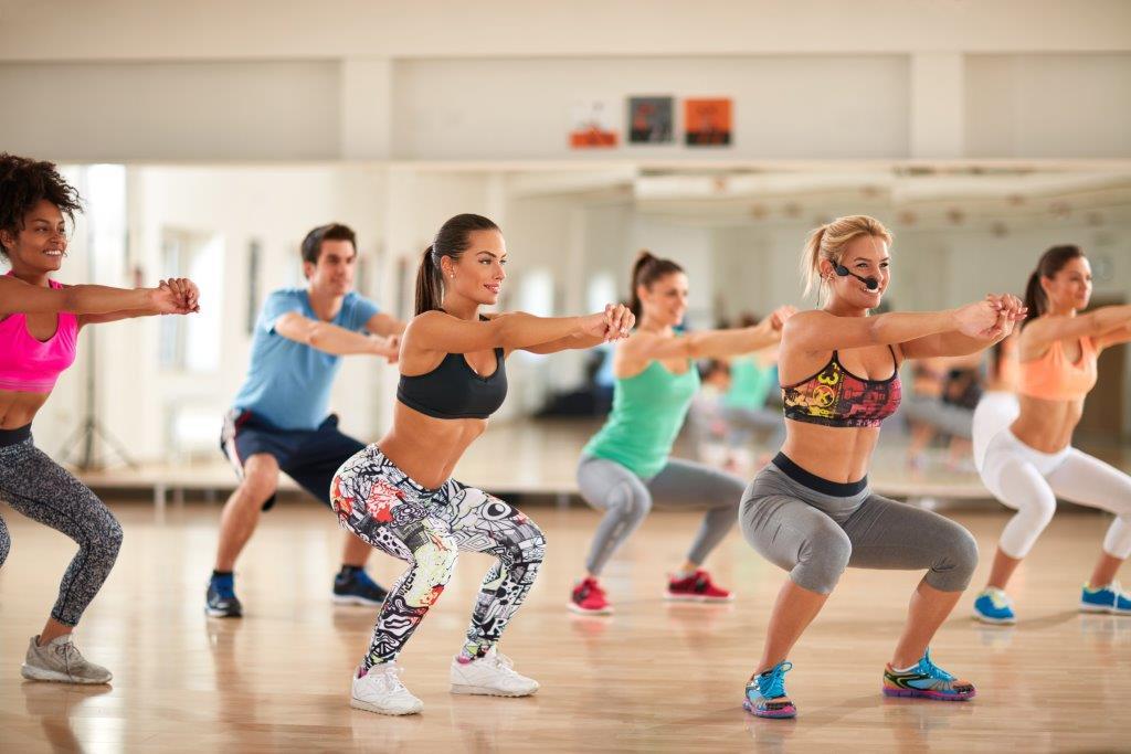 Танцевальный фитнес: что выбрать начинающим для похудения и занятий в домашних условиях