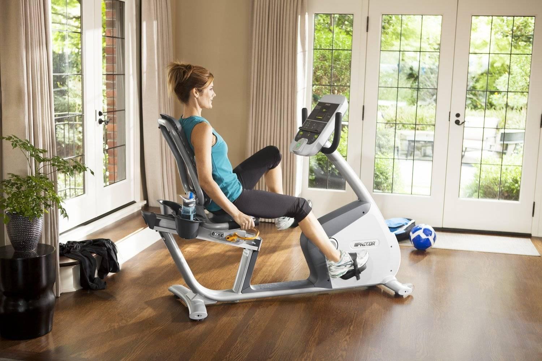 Что лучше: беговая дорожка или велотренажер для похудения
