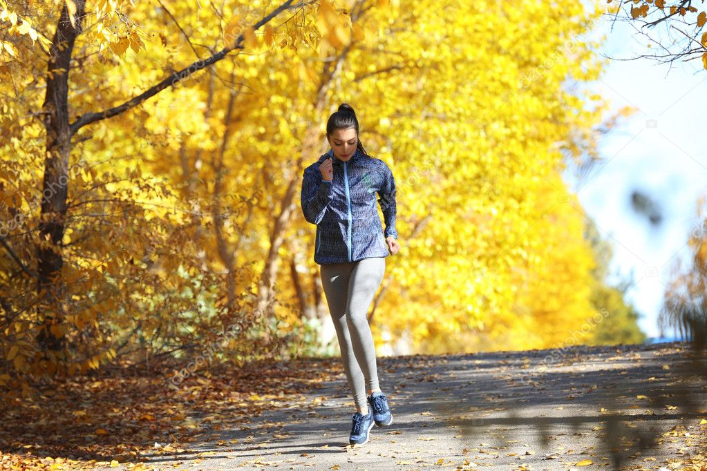 Одежда для бега осенью и зимой