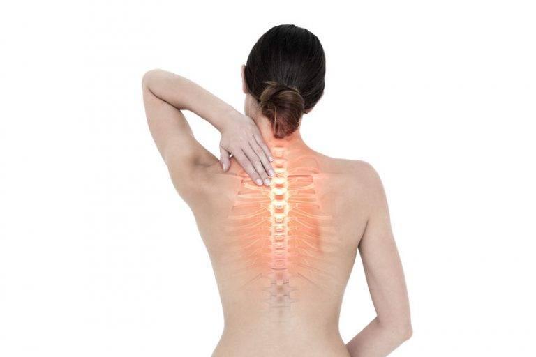 Причины боли в спине между лопатками, диагностика и методы лечения