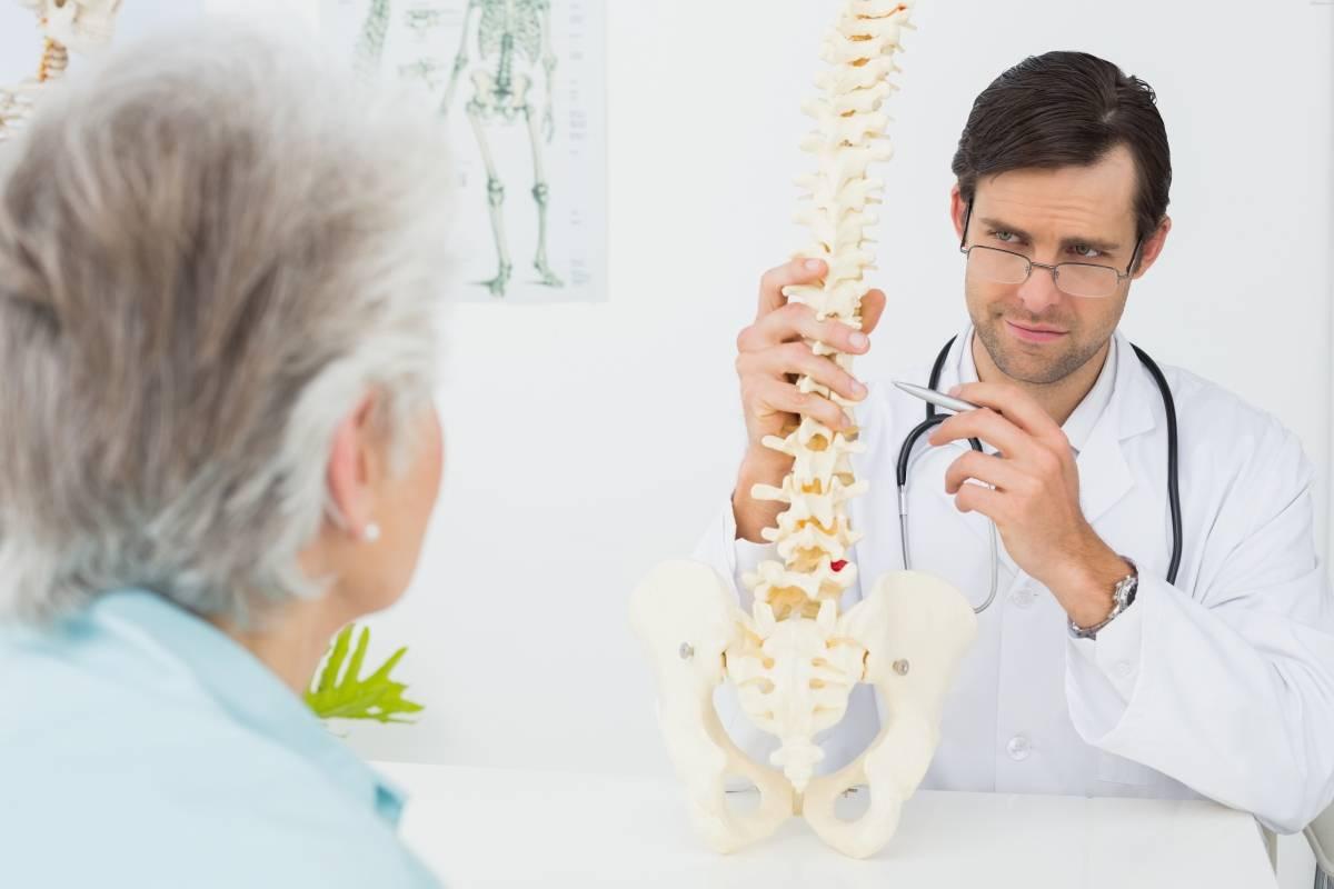 Упражнения при остеопорозе в пожилом возрасте, программа