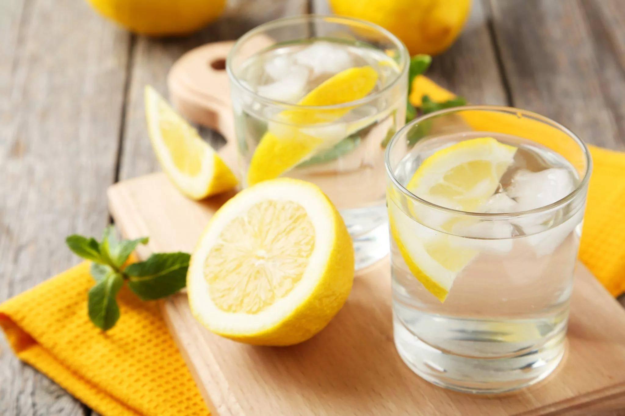 Вода с лимоном: польза и вред для здоровья, рецепты приготовления