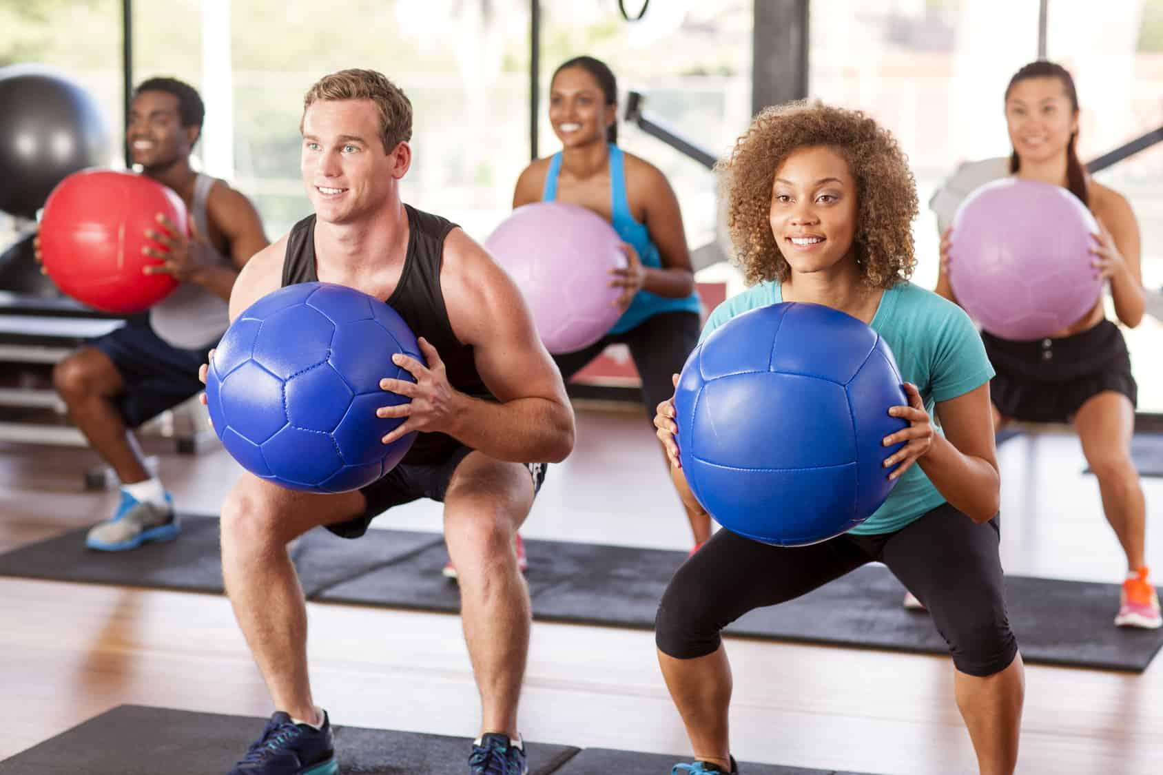 Как выбрать медбол? секреты эффективных тренировок   информационный портал о здоровье
