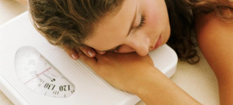 Как взаимосвязаны сон и лишний вес