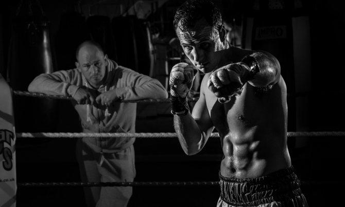Совмещение тренировок — бодибилдинг и бокс, как совмещать силовые тренировки с единоборствами, тренинг, отдых и препараты
