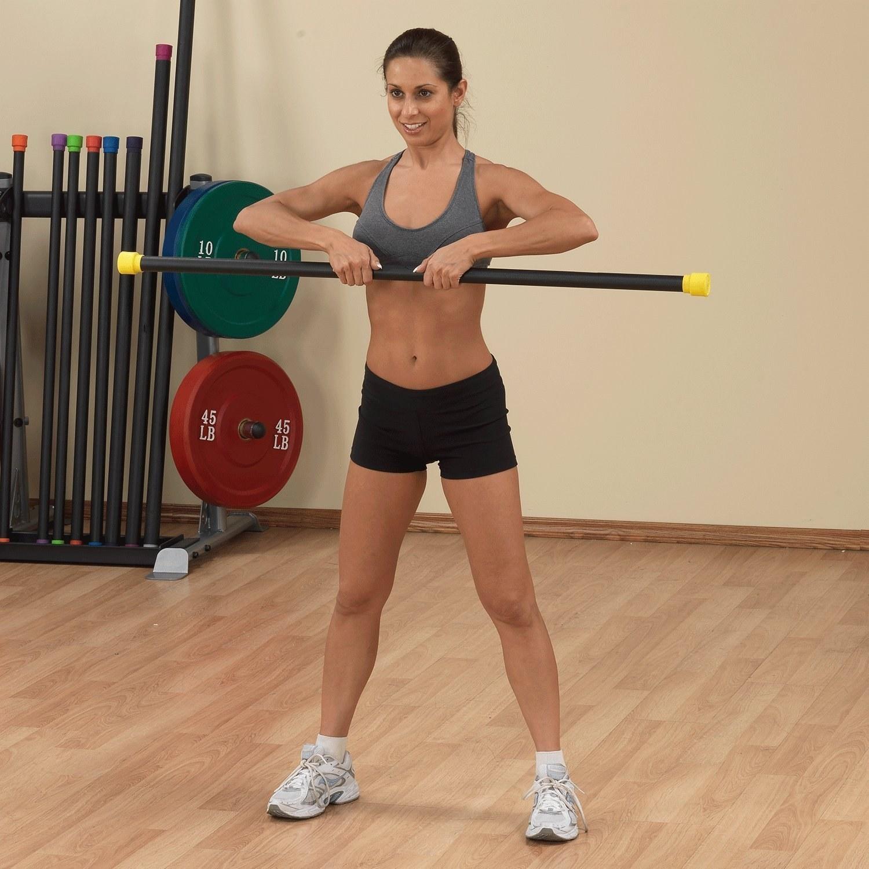 Лучшие упражнения для задней поверхности тела с бодибаром
