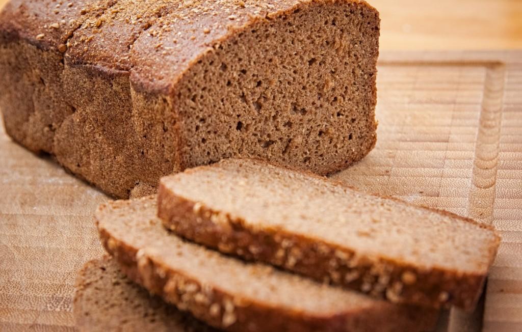 В чем польза и вред белого хлеба?