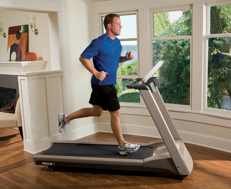 Какой кардио тренажер эффективнее для сжигания лишнего жира: эллипсоид или беговая дорожка?
