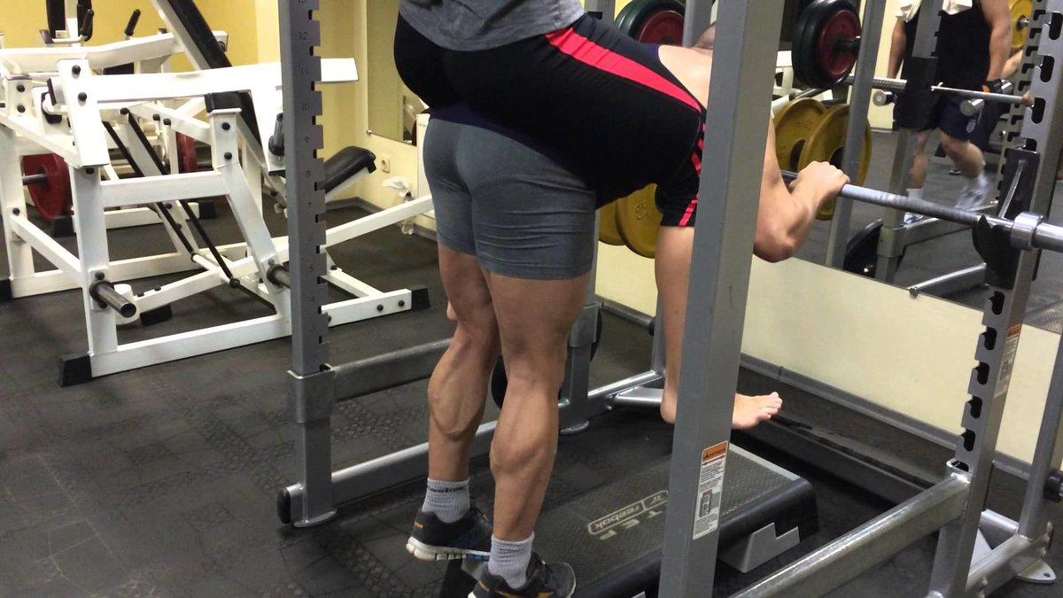 Качаем икроножные мышцы, выполняя упражнение ослик – все боевые искусства и единоборства
