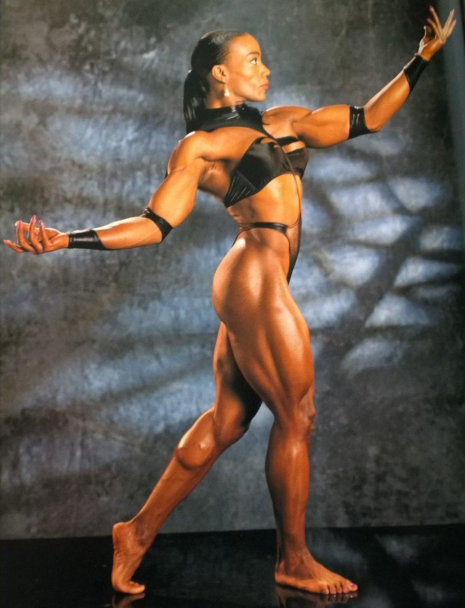 Мисс олимпия за все годы: результаты женских категорий